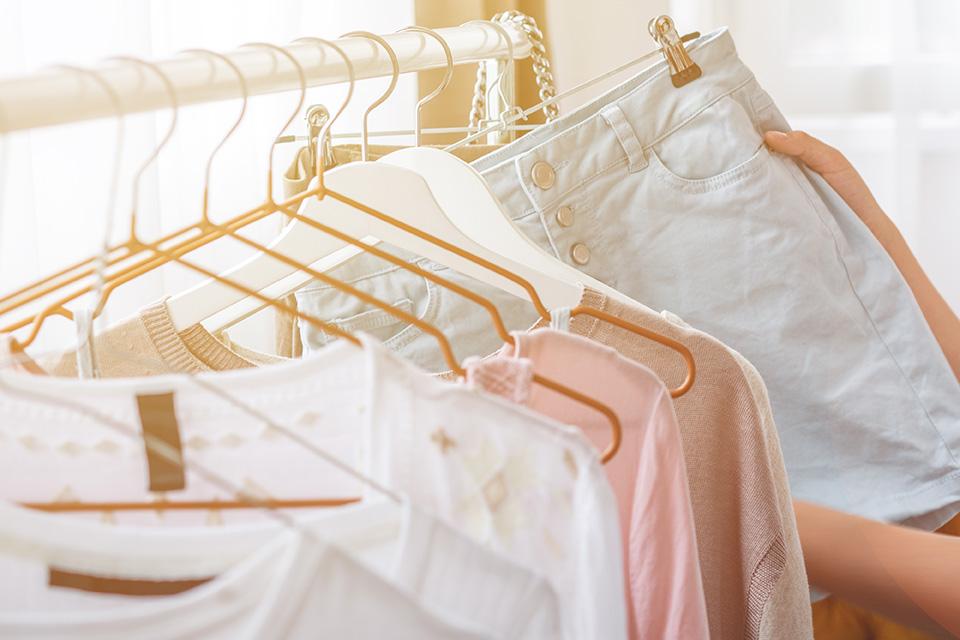 organização do guarda roupa após casado